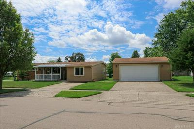 828 N WESTEDGE DR, Tipp City, OH 45371 - Photo 2