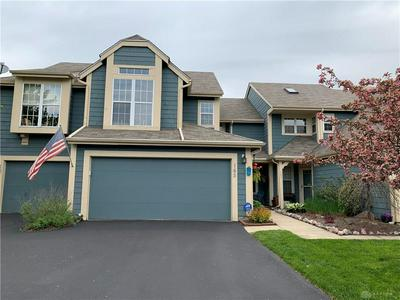 165 QUEENS XING, Centerville, OH 45458 - Photo 1