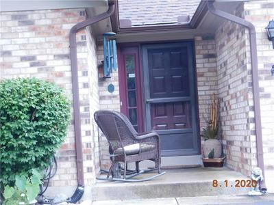 561 KYLE LN, Fairborn, OH 45324 - Photo 2