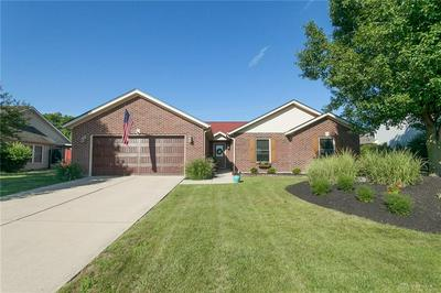 1090 WINDSOR CROSSING LN, Tipp City, OH 45371 - Photo 1