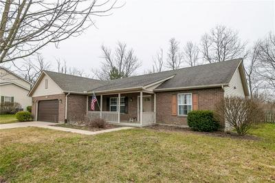 1020 MEADOW THRUSH DR, ENGLEWOOD, OH 45315 - Photo 2
