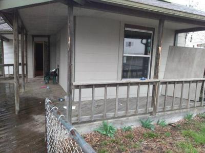864 E MAIN ST, SPRINGFIELD, OH 45503 - Photo 2