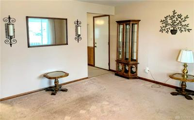 511 BELLAIRE DR, Tipp City, OH 45371 - Photo 2