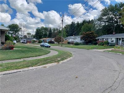 4414 STONE DR, Erie, PA 16509 - Photo 2
