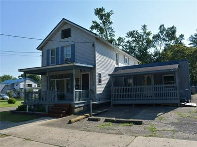 82 LINCOLN AVE, Meadville, PA 16335 - Photo 2