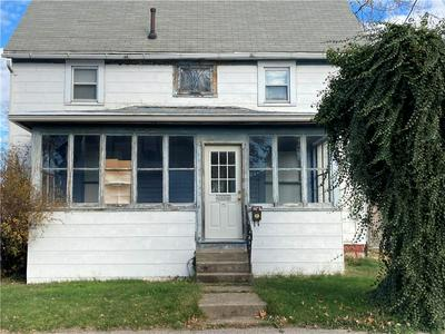 2021 WATER ST, Erie, PA 16510 - Photo 1