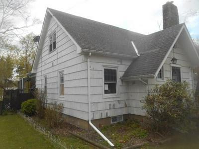 122 W BLOSS ST, Titusville, PA 16354 - Photo 2