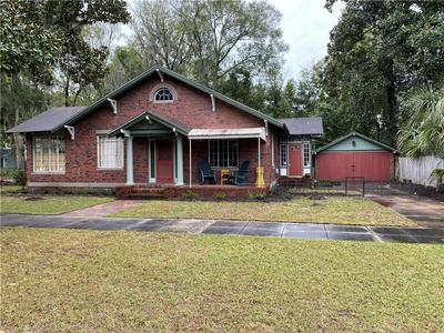 808 DARTMOUTH ST, BRUNSWICK, GA 31520 - Photo 1