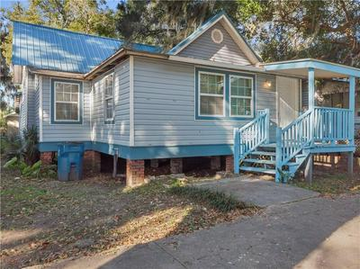 2223 REYNOLDS ST, BRUNSWICK, GA 31520 - Photo 1