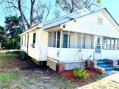2704 MARTIN LUTHER KING JR BLVD, BRUNSWICK, GA 31520 - Photo 2