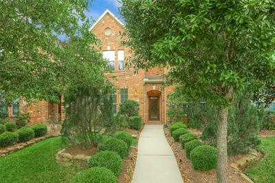 11 INNERWOODS PL, The Woodlands, TX 77382 - Photo 2