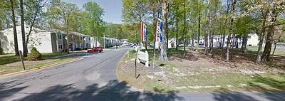 100 RIVERMEADE CT, Yorktown, VA 23690 - Photo 2