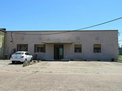 111 S POLK ST, Wharton, TX 77488 - Photo 1