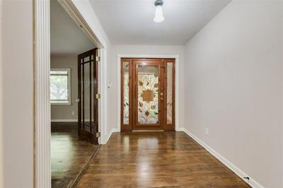 706 ATWELL ST, Bellaire, TX 77401 - Photo 2