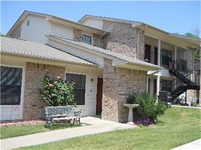 700 N PINER ST, Honey Grove, TX 75446 - Photo 2