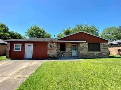 529 W MIMOSA ST, Angleton, TX 77515 - Photo 1