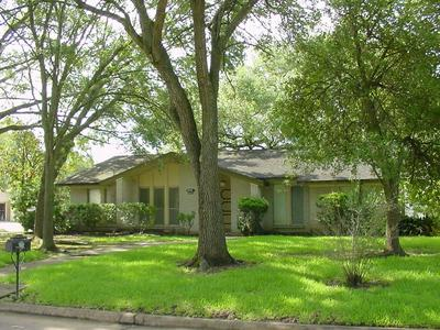 4118 ELDERWOOD DR, Taylor Lake Village, TX 77586 - Photo 1