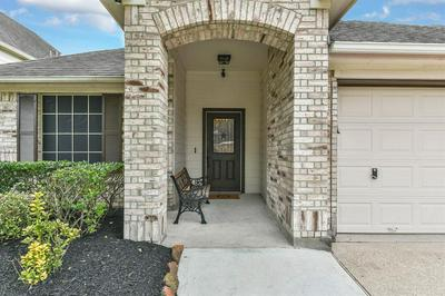 6034 SANDY CREEK DR, BAYTOWN, TX 77523 - Photo 2