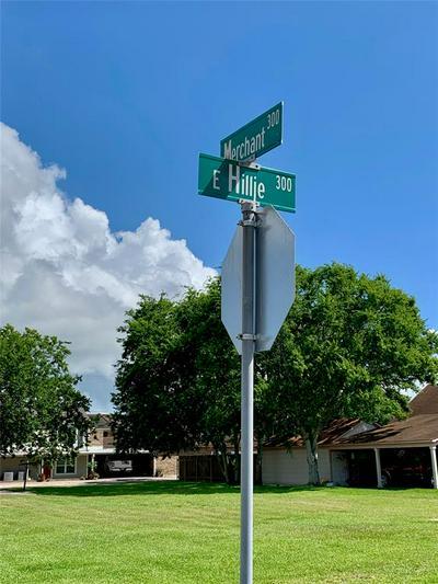 0 E E HILLJE, El Campo, TX 77437 - Photo 2
