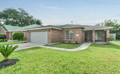 7917 CHAIN ST, Houston, TX 77033 - Photo 1