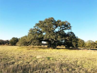 11476 COUNTY ROAD 365, Louise, TX 77455 - Photo 1