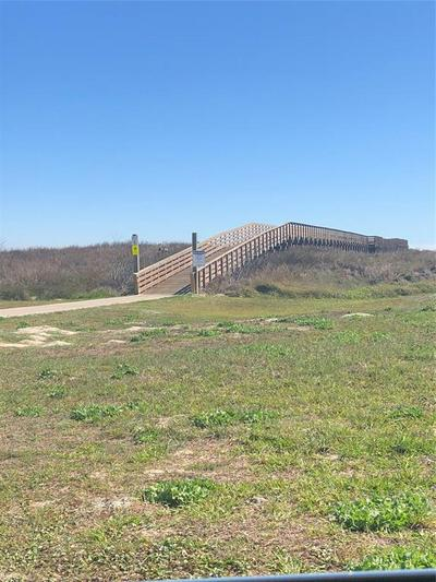 242 ROYAL DUNES CIR, Port Aransas, TX 78373 - Photo 2