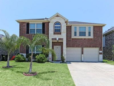 319 SEA MIST LN, Bacliff, TX 77518 - Photo 1