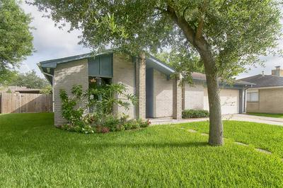 475 SEAFOAM RD, Houston, TX 77598 - Photo 2