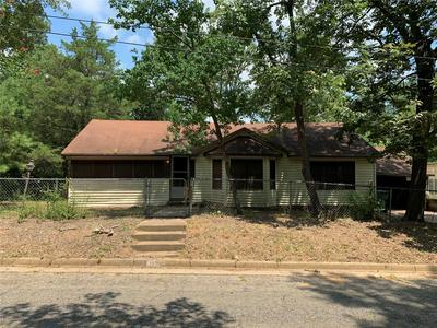 1214 JEFFRIES ST, Nacogdoches, TX 75964 - Photo 1