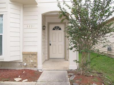 3231 DARTHMOUTH, Fresno, TX 77545 - Photo 1