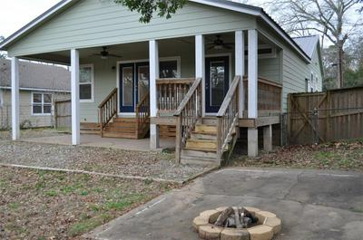 315 SUNSET AVE, Nacogdoches, TX 75964 - Photo 2