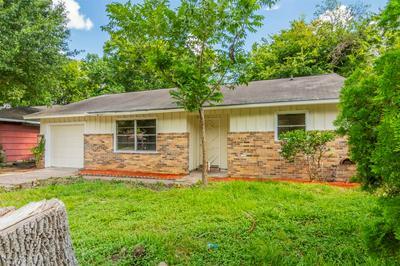 5607 RICKY ST, Houston, TX 77033 - Photo 1