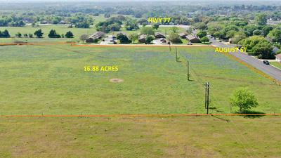 000 AUGUST ST, Schulenburg, TX 78956 - Photo 2