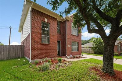 17103 GREY MIST DR, Friendswood, TX 77546 - Photo 2