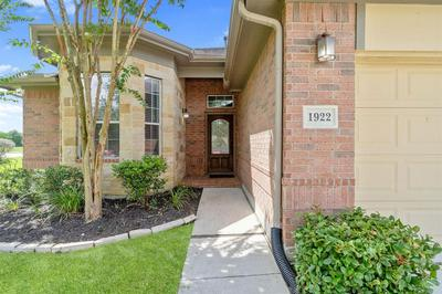 1922 VALE HAVEN DR, Spring, TX 77373 - Photo 2
