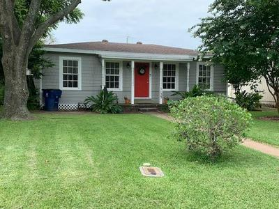 1123 W 6TH ST, Freeport, TX 77541 - Photo 1