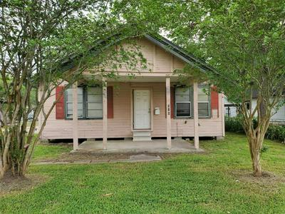 715 N MAIN ST, Highlands, TX 77562 - Photo 2