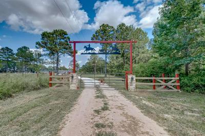 635 COUNTY ROAD 601, Dayton, TX 77535 - Photo 1