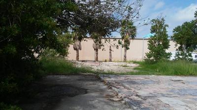 422 S 9TH ST, Port Aransas, TX 78373 - Photo 1