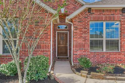 948 HOLLY CROSSING DR, Conroe, TX 77384 - Photo 2