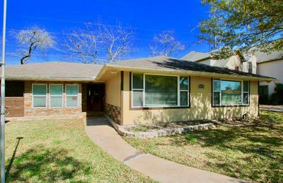 4804 SAXON ST, BELLAIRE, TX 77401 - Photo 1