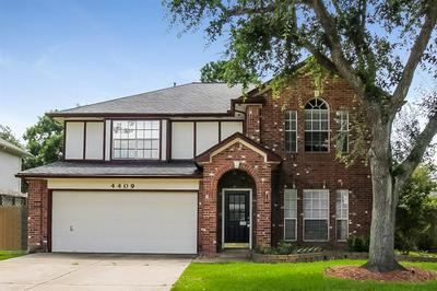 4409 SPOONBILL DR, Seabrook, TX 77586 - Photo 1