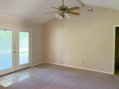 618 OVERBLUFF ST, Channelview, TX 77530 - Photo 2