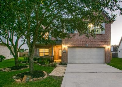 2724 MYSTIC COVE LN, Pearland, TX 77584 - Photo 1