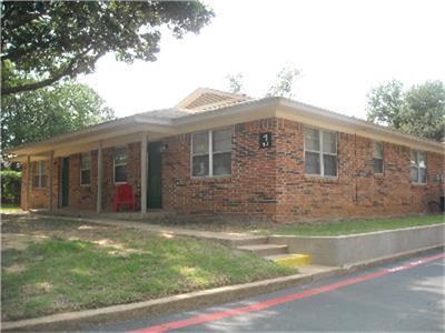 213 VAL VERDE, Keene, TX 76059 - Photo 1
