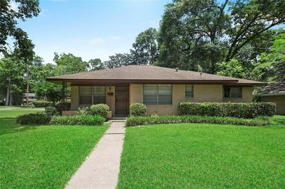101 S DELMONT DRIVE, Conroe, TX 77301 - Photo 2