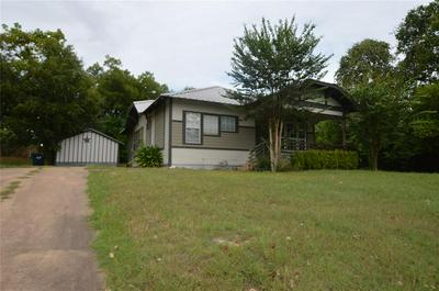 209 JOSEPH ST, Brenham, TX 77833 - Photo 1