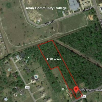 3822 COUNTY ROAD 424, Alvin, TX 77511 - Photo 1