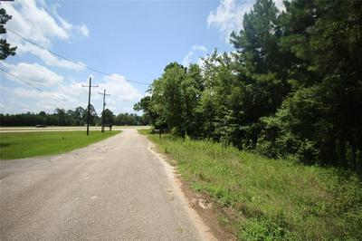 150 CARRIER AVE, Shepherd, TX 77371 - Photo 2