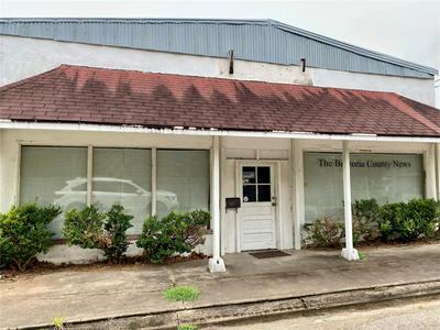 113 E BERNARD ST, West Columbia, TX 77486 - Photo 1